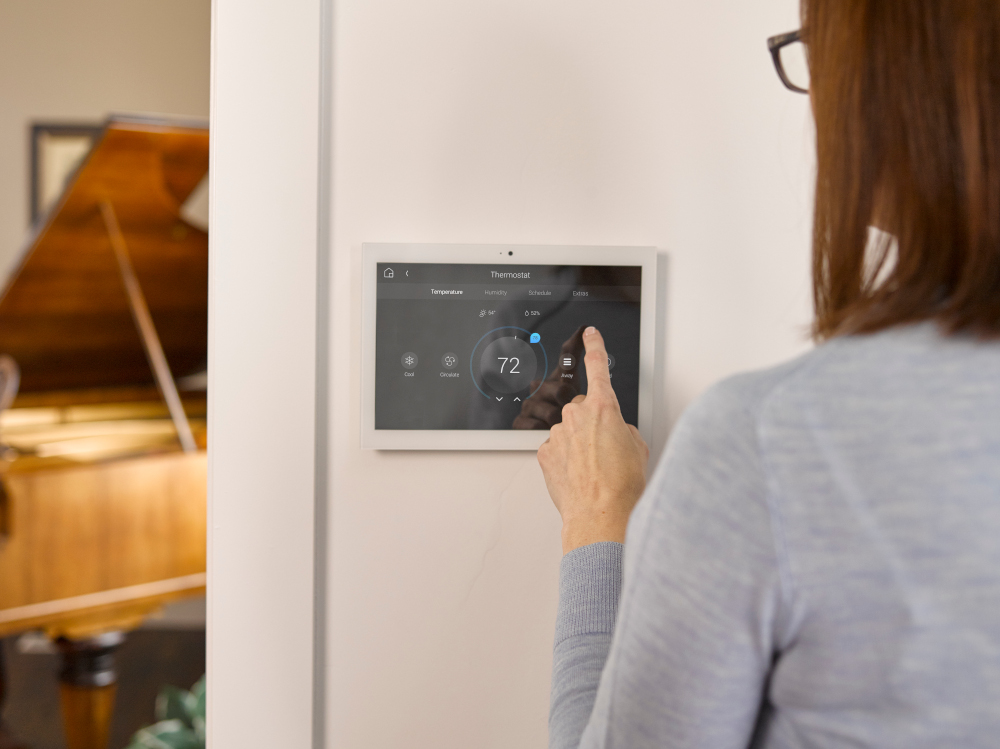 WHAT MAKES YOUR HOME SMART